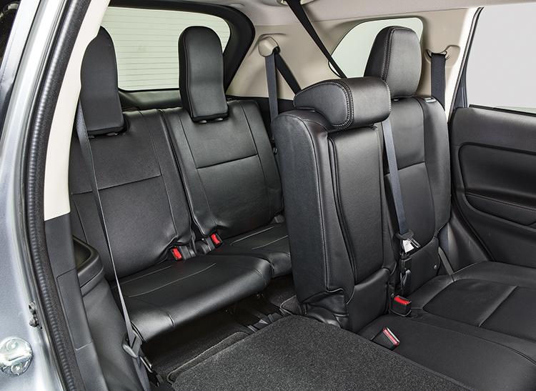 2016 mitsubishi outlander backseat - 2016 Mitsubishi Outlander Interior