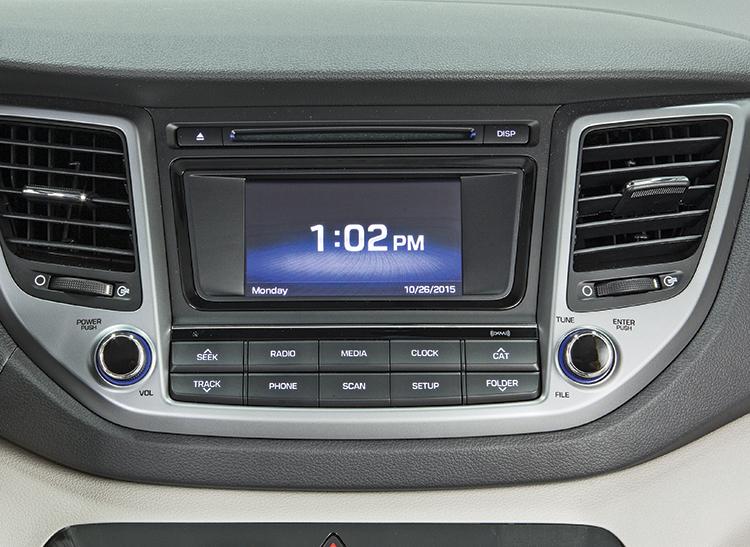 2016 Hyundai Tucson infotainment system
