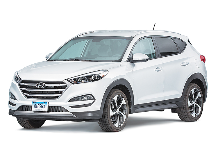 CR012K16 Hyundai_Tucson_Sport_16_2929_Left 2016 hyundai tucson transmission gets a free fix consumer reports 2016 Hyundai Tucson Interior at crackthecode.co