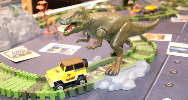 Connected toys are a major trend as evidenced by the Dino Mundi Triceratops Interactive Racetrack