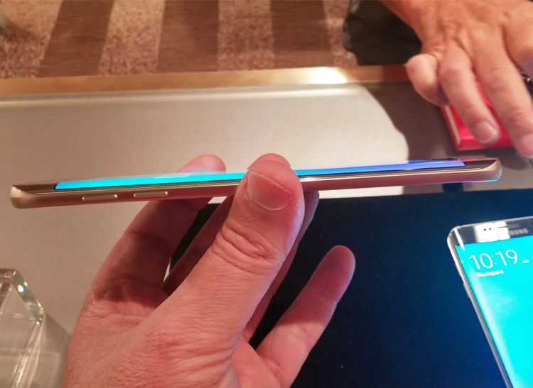 Side view of Samsung Galaxy S6 edge+
