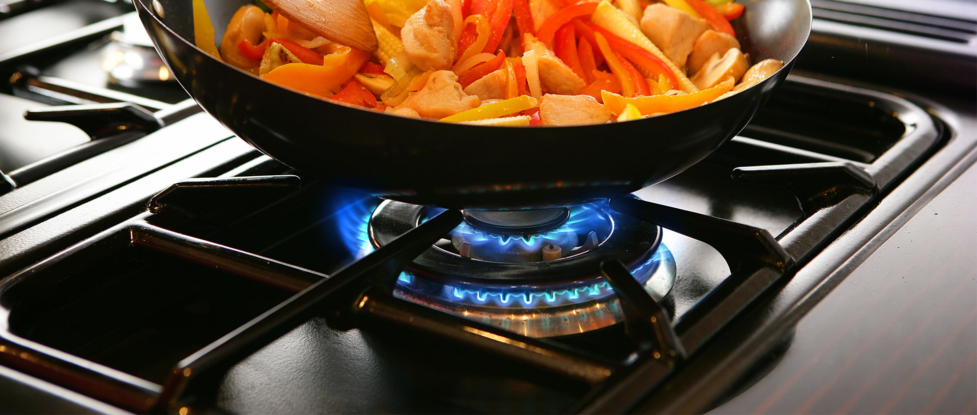 The Best Gas Ranges For 1 000 Or Less Consumer Reports