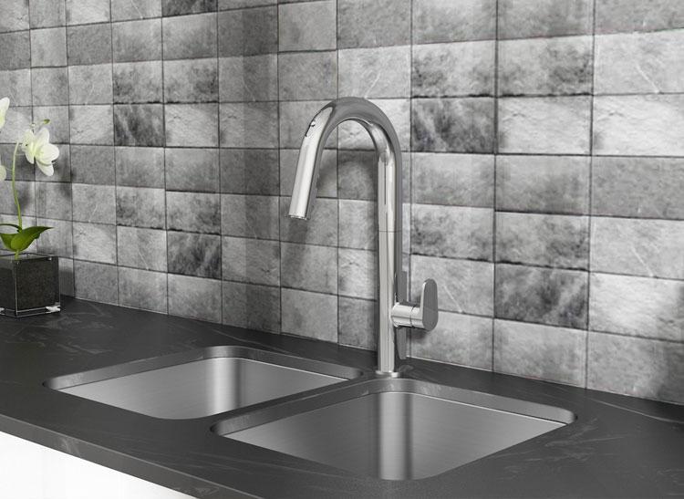 American Standard Beale Hands Free Faucet Design Ideas.