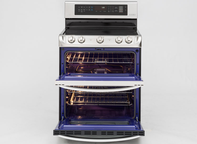 Best Electric Ranges From Consumer Reports Tests Smoothtops Induction Double Oven And Even A Coil Top Champ