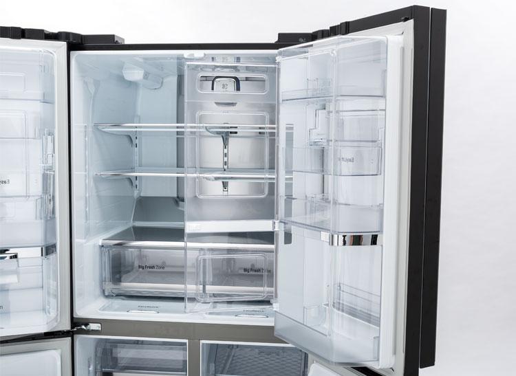 lg 39 s new luxury 4 door refrigerator consumer reports. Black Bedroom Furniture Sets. Home Design Ideas