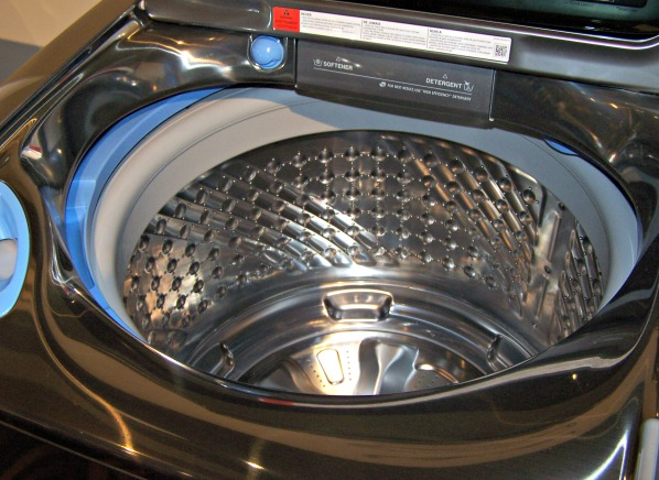 edges out lgu0027s largest machine by cubic inches - Top Load Washer Reviews
