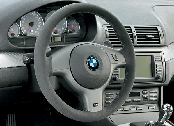 2004-BMW-sport-package-steering-wheel.png