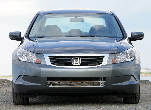 honda accord cr v warranties extended for excess oil consumption consumer reports. Black Bedroom Furniture Sets. Home Design Ideas