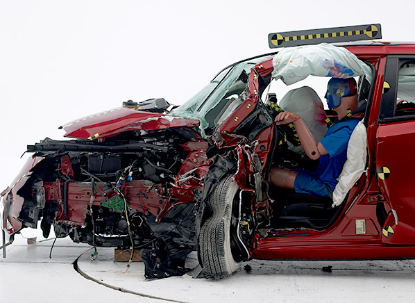 Nissan Leaf Photo Iihs