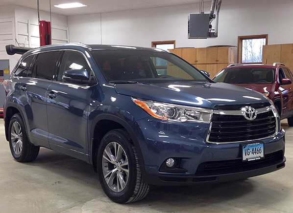 Just In Redesigned 2017 Toyota Highlander Faces A Tough Challenge