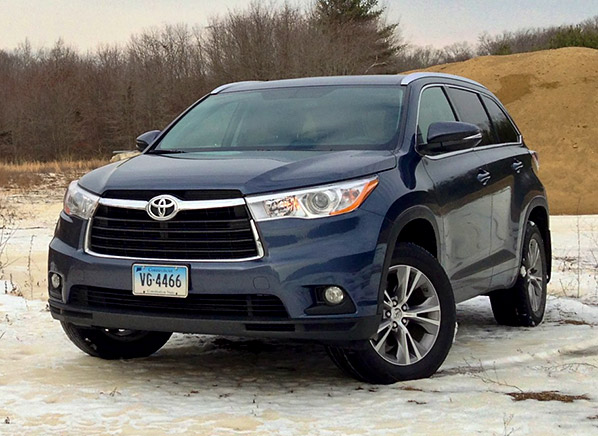 2014 toyota highlander first drive review consumer reports news. Black Bedroom Furniture Sets. Home Design Ideas