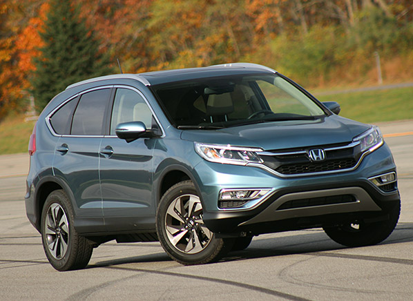 2015 honda cr v gets a dramatic makeover consumer reports for Honda crv competitors
