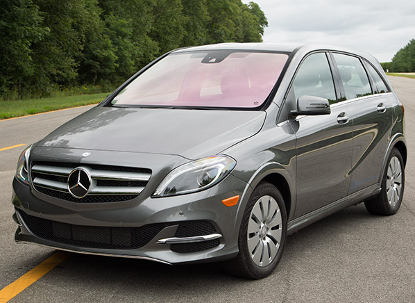 mercedes benz b class electric drive brings luxe and. Black Bedroom Furniture Sets. Home Design Ideas