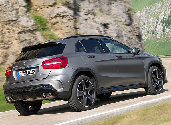 2015 Mercedes-Benz GLA-Class | Small Luxury SUVs ...