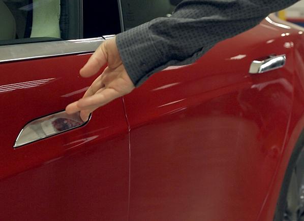 Consumer Reports\' Tesla Model S P85D Breaks Before Testing Begins ...