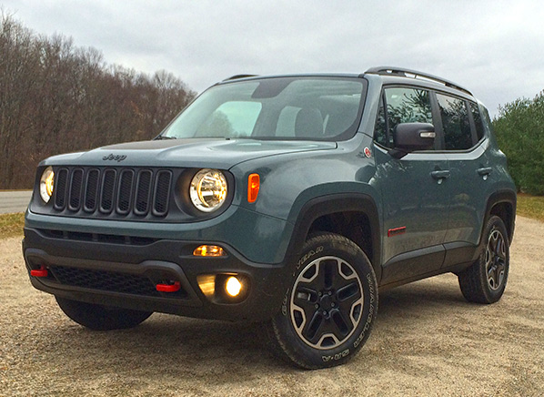 Jeep Renegade First Drive On Track And Trail Review Consumer Reports