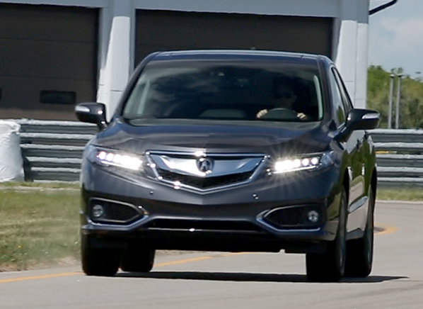 The Acura Rdx Has Been One Of Most Por Small Upscale Suvs For Good Reason It A Roomy Cabin Plenty Is Compeively Priced