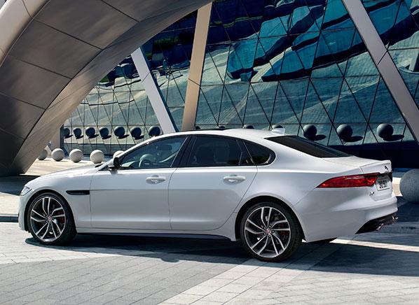 2016 jaguar xf | new york auto show - consumer reports