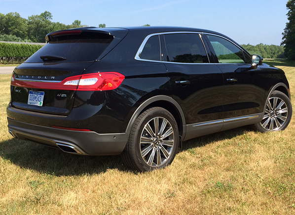 Redesigned 2016 Lincoln Mkx Shows Real Substance