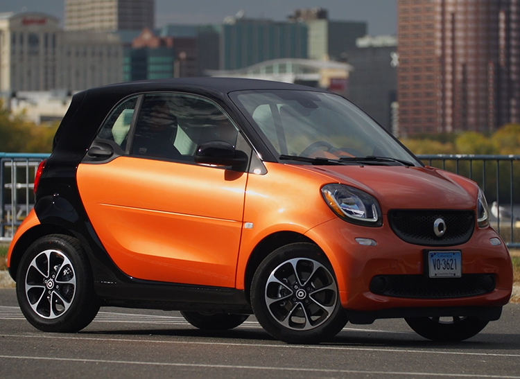 The Redesigned 2016 Smart Fortwo Features Notable Improvements