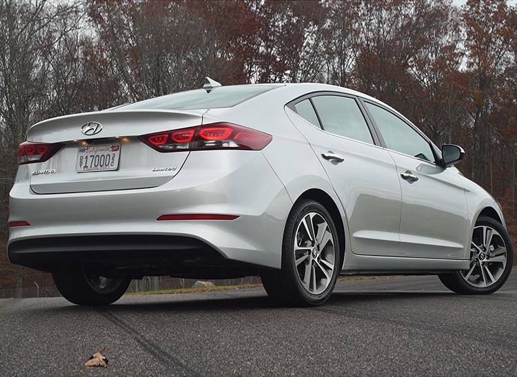 2017 Hyundai Elantra Review Consumer Reports