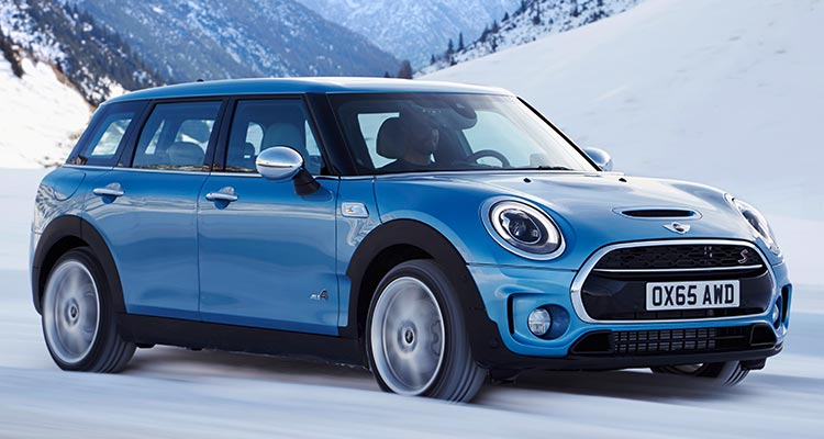 Mini Cooper Clubman All4 Driving In Snow