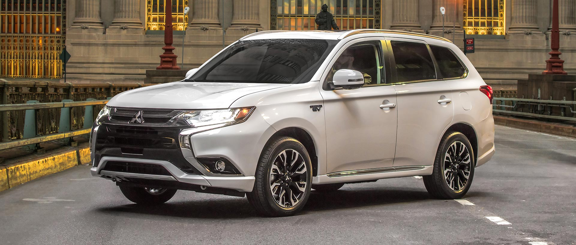 2017 mitsubishi outlander phev consumer reports. Black Bedroom Furniture Sets. Home Design Ideas