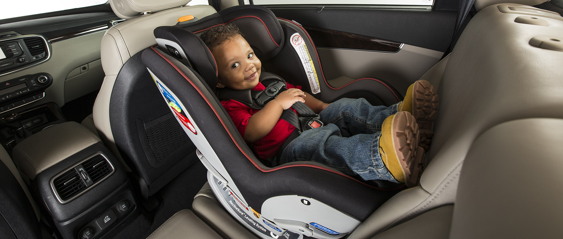 How To Put A Britax Car Seat In