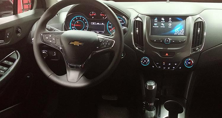 2016 Chevrolet Cruze Interior Images