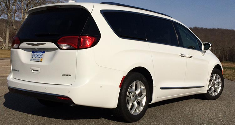 2017 Chrysler Pacifica Rear