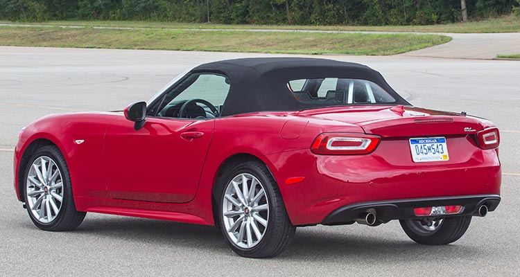 2017 Fiat 124 Spider Rear Top Up