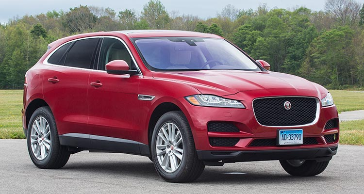 2017 jaguar f pace suv proves luxurious and sporty consumer reports. Black Bedroom Furniture Sets. Home Design Ideas