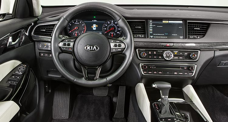 2017 Kia Cadenza Sedan Interior