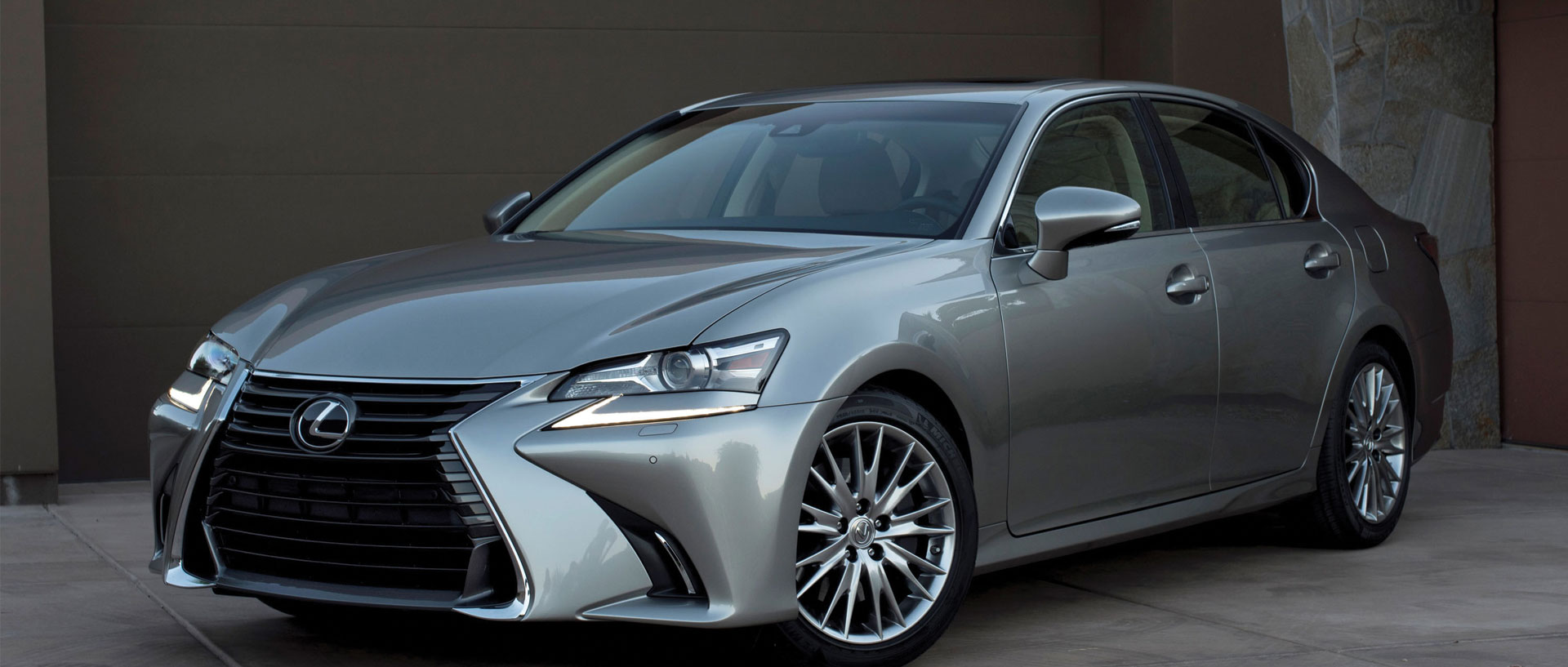 2016 Lexus GS Sedan and LX SUV Get a Makeover