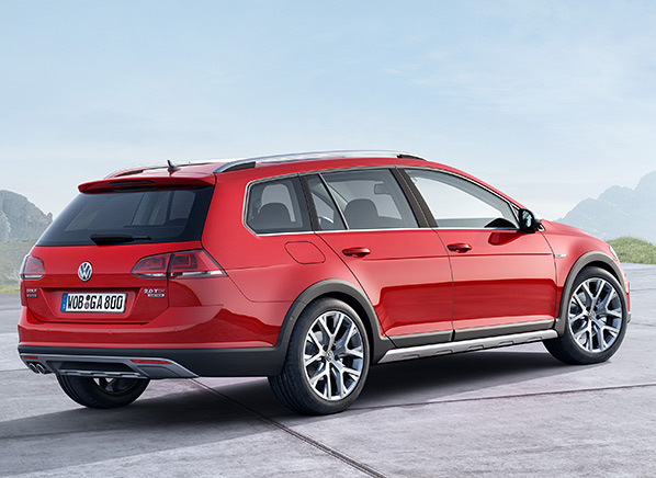 Along With The Lengthy Name Golf Sportwagen Alltrack Has An Added Inch Of Ground Clearance Additional Side Moldings And Vw S 4motion All Wheel Drive