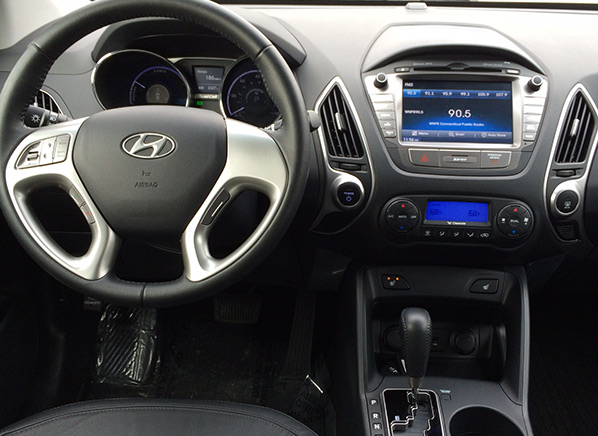 First drive hyundai tucson fuel cell vehicle consumer for Motor vehicle department tucson