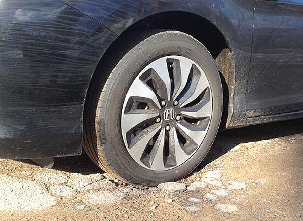 Surviving Potholes Pothole Damage Consumer Reports