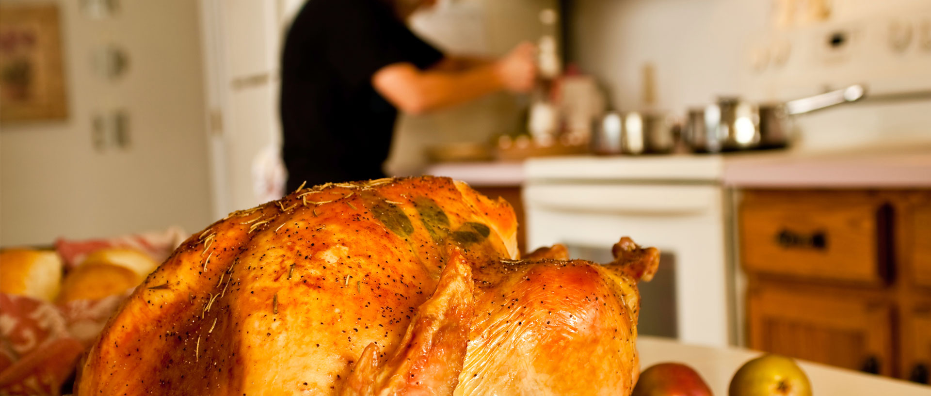 8 Kitchen Tools That Make Holiday Cooking a Breeze