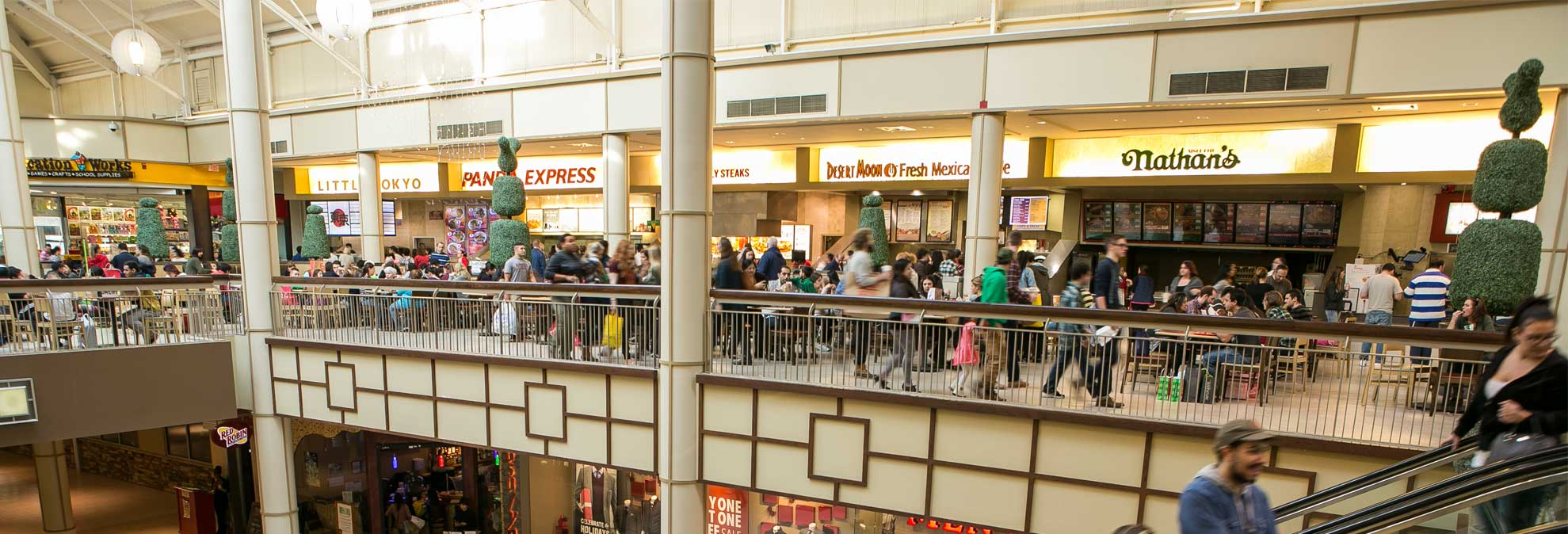 Na name all the fast food restaurants - What To Eat And What To Avoid At The Mall Food Court