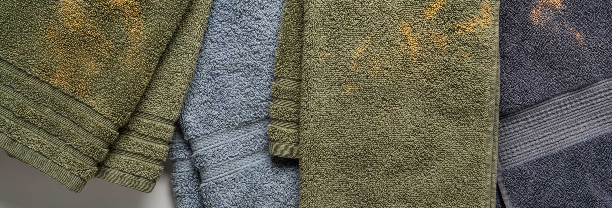 Towels That Resist Bleaching From Benzoyl Peroxide