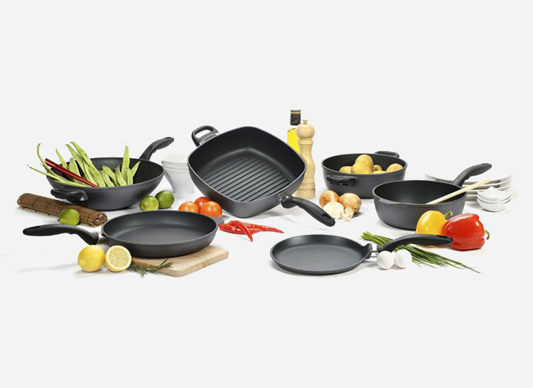Swiss Diamond Reinforced 10-piece set cookware care.
