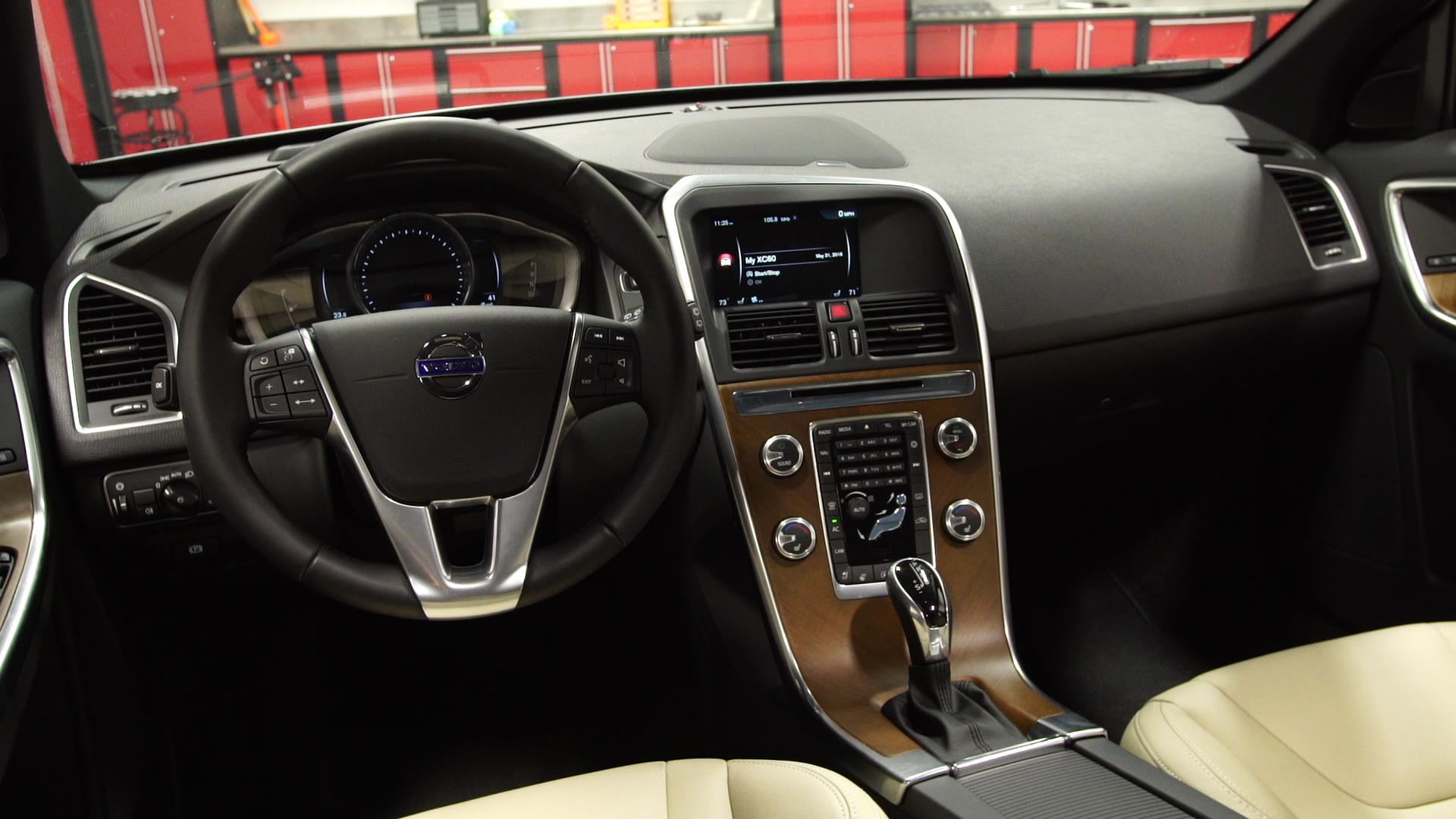 2017 Volvo Xc60 Suv Bides Its Time Consumer Reports