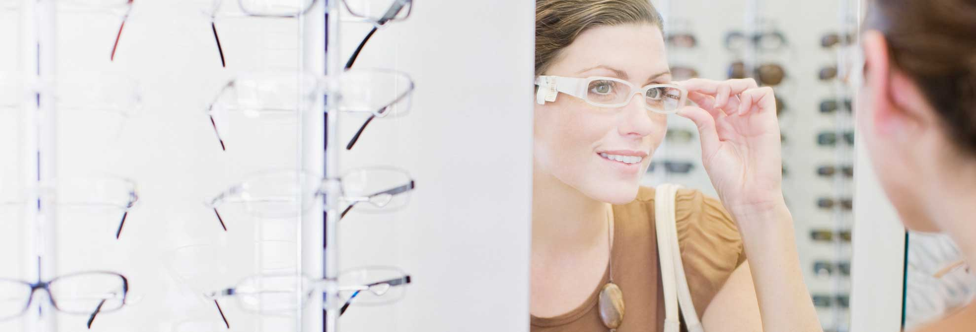 918e1847cb Best Eyeglass Store Buying Guide - Consumer Reports