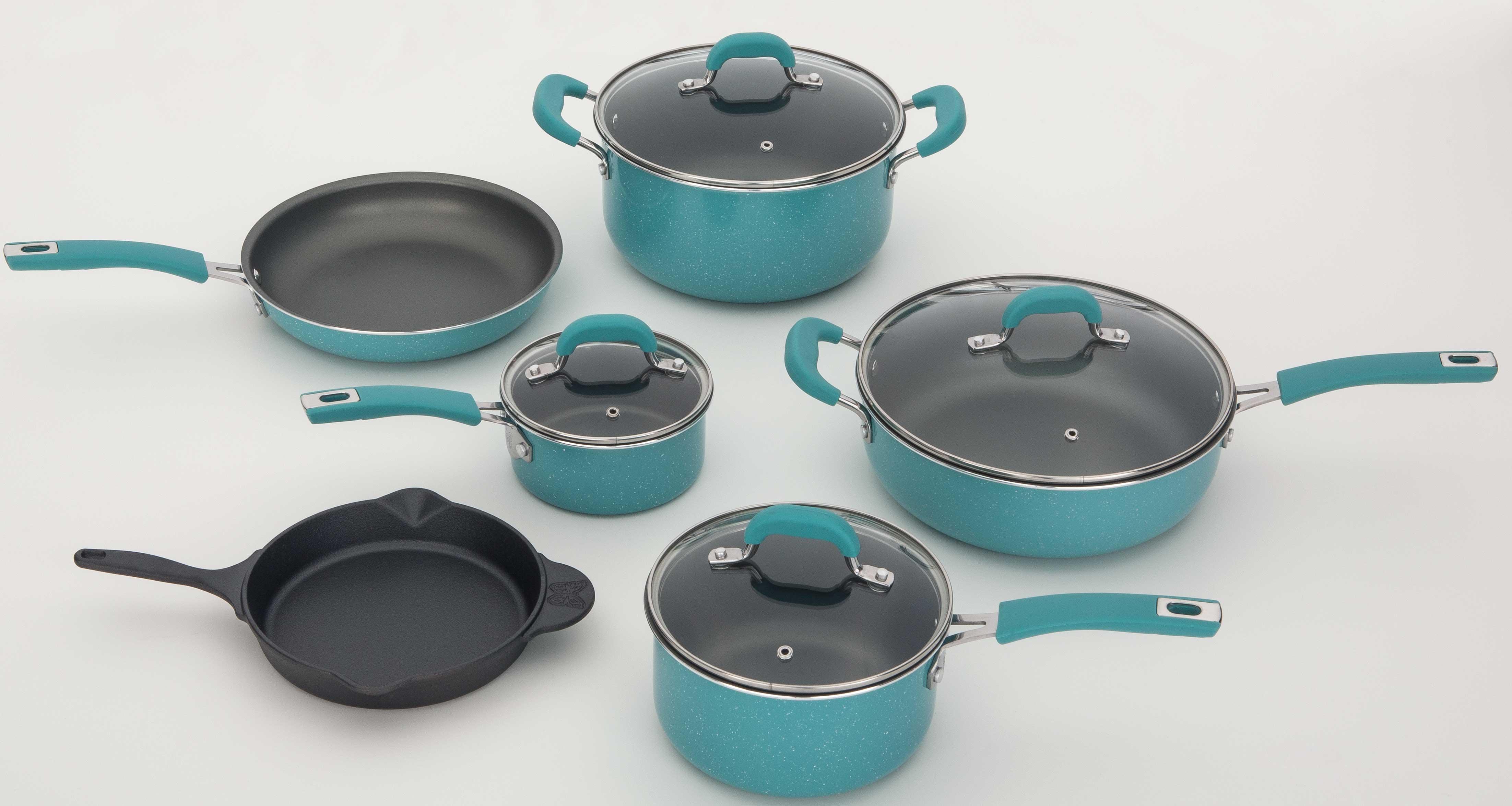 Pioneer Woman cookware in aqua.