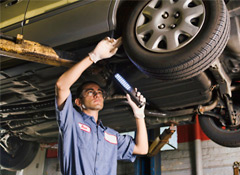 Radiator Repair Shops Near Me >> 5 Auto Repair Shop Scams Your Mechanic Might Try - Consumer Reports