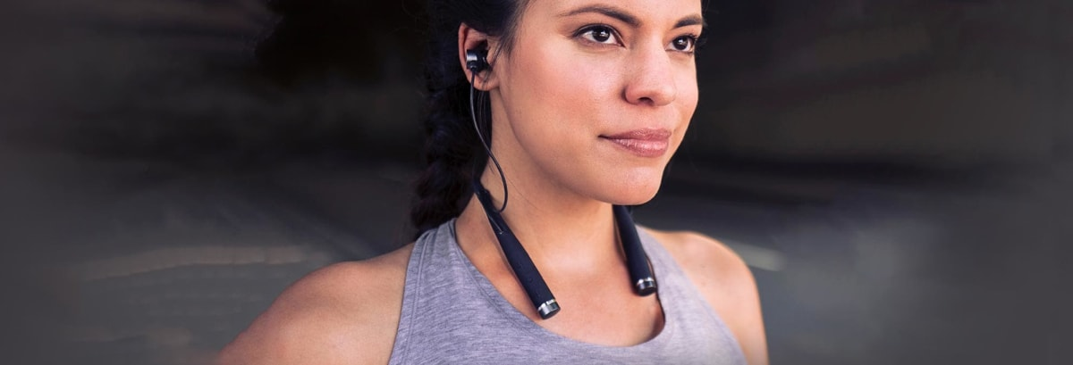 New Vi Headphones Use Artificial Intelligence to Make You a Smarter Runner