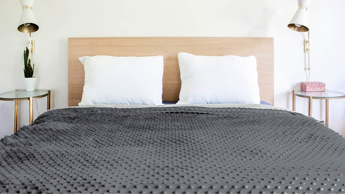 We Tested 5 Weighted Blankets. Here's What We Found.