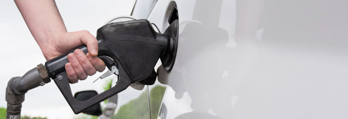 Survey Finds Consumers Want Better Gas Mileage, Stricter MPG ...
