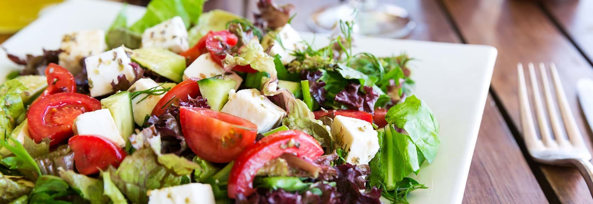 Tomato and feta salad is a good option in the Mediterranean Diet for Weight Loss.