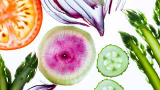Farmers Market Produce: Local Vs  Organic - Consumer Reports